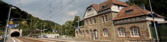 Unser Bahnhof des Jahres 2018 in Eppstein wird lobend im Baukulturbericht erwähnt.