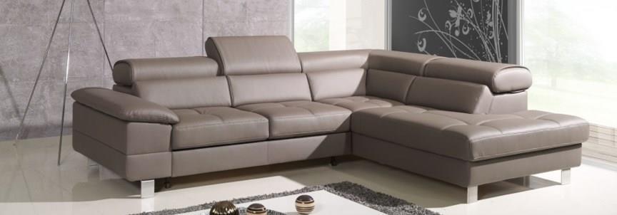 8b0a5dd7 I motsetning til populær mening kan du nyte slike møbler i mange år.  Nøkkelen her er å ta vare på dem ordentlig. Så hvordan renser du øko skinn  møbler?
