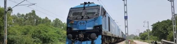 Unter Strom: Das Schienennetz in Indien.
